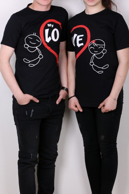 lo ve siyah tişört sevgili kombini